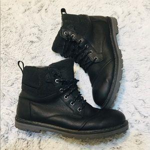 Toms Ashland Waterproof Black Leather Boots Sz 9.5